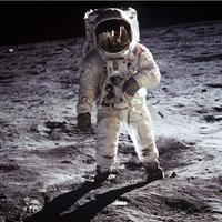 Астронавт Эдвин Олдрин на Луне.